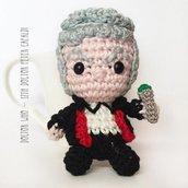 Doctor Who amigurumi pupazzetto portachiavi uncinetto - 12° Dottore Peter Capaldi