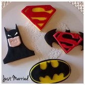 Biscotti decorati misti a tema Batman vs Superman