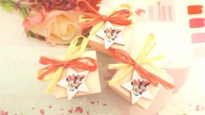 BOMBONIERA  CONFEZIONATA BATTESIMO NASCITA COMPLEANNO mod. 13  - con scatola confetti ROSA - MINNIE - no fimo
