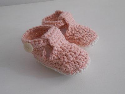 Sandalini bebè fatti a mano in cotone rosa e bianco, idea regalo.