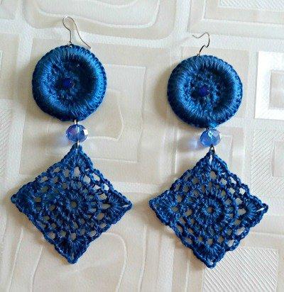 Orecchini lunghi blu royal