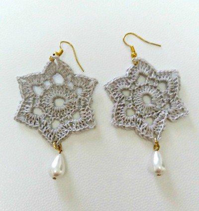 orecchini grigio con perla