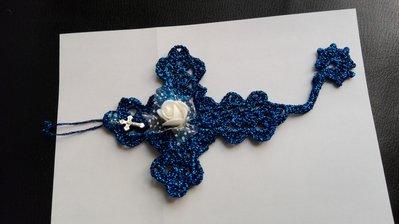 Croce segnalibro ad uncinetto in cotone lurex