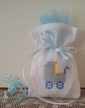 Inserzione riservata n.30 sacchetti per confetti con ricamo carrozzina a punto croce