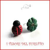 """Orecchini Laurea """"Coccinella e quadrifoglio"""" fimo cernit idea regalo gadget rosso verde amica neolaureanda"""