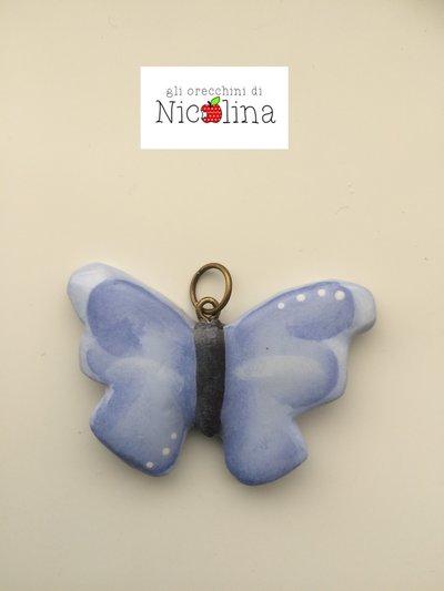 Ciondolo farfalla country lilla