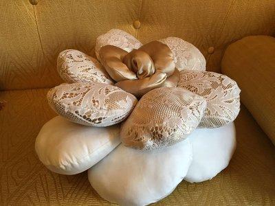 Cuscino doubleface a forma di fiore