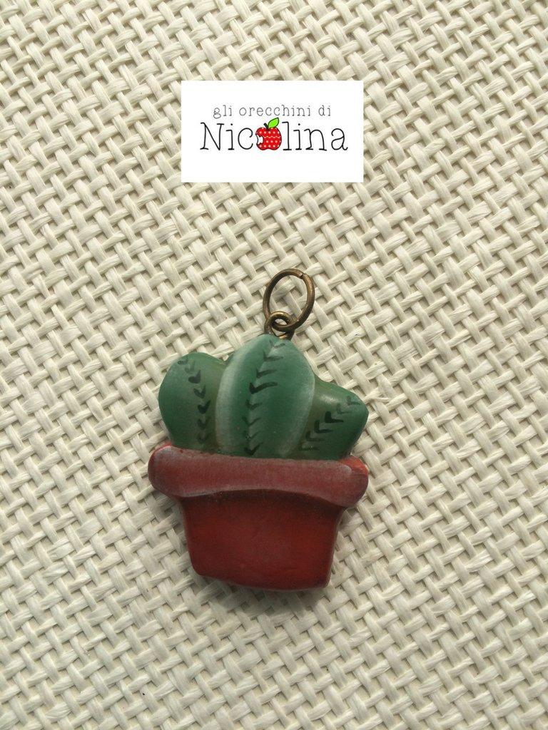 Ciondolo vaso con cactus