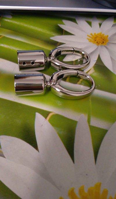 anello moschettone con gancio