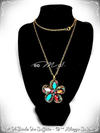 Collana Maxi Ciondolo Fiore con strass e pietra Howlite - Multicolor