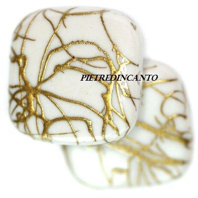 QUADRATO IN PLASTICA STRIATA BIANCO - 7007