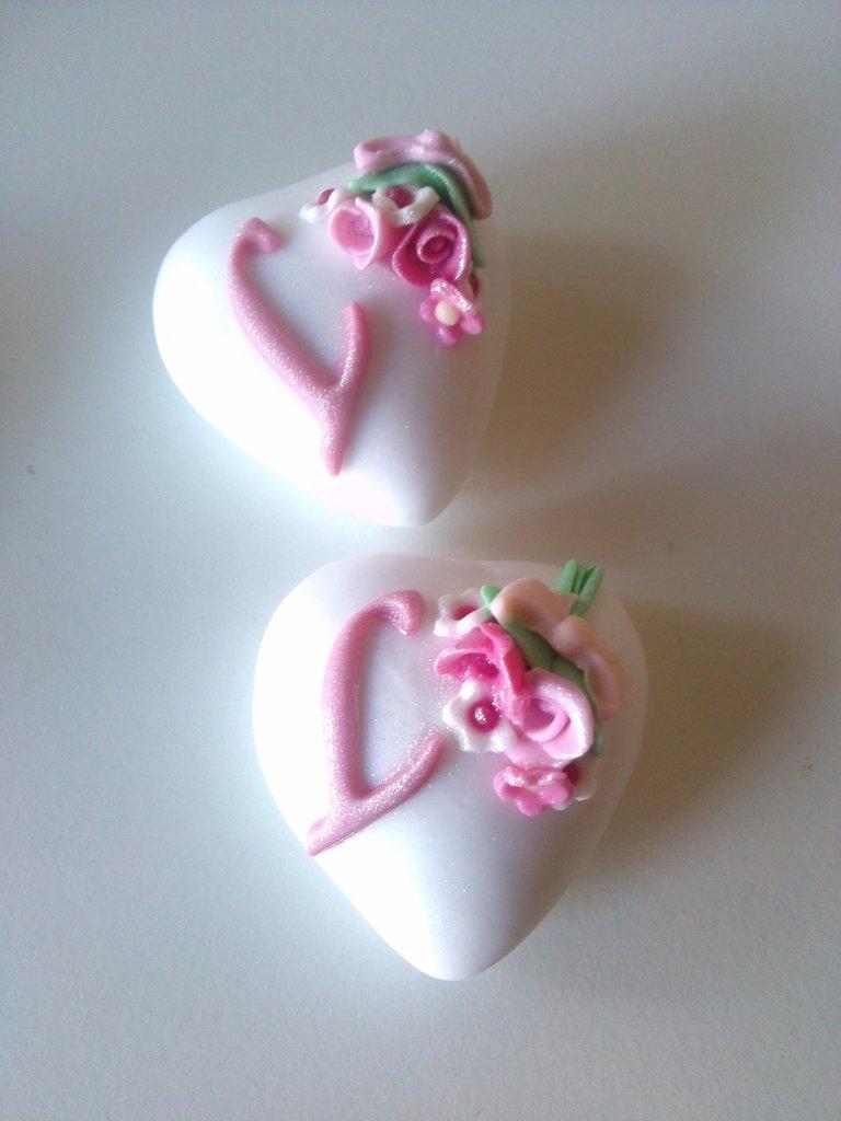 Farfalle - fiori - Confetti decorati - confetti a cuore - tesorini magnum - confetti farfalle - confettata comunione - confettata nascita - confettata compleanno - confettata 18 - confettata