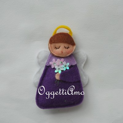 Un angelo in feltro come bomboniera: una calamita per il battesimo, comunione, cresima della vostra bambina