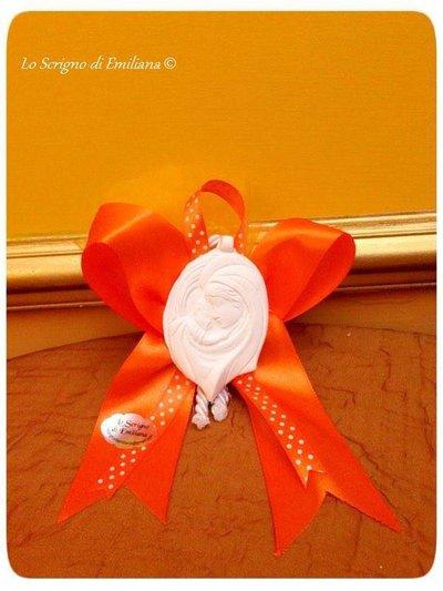 Bomboniera fiocco con gessetto profumato Comunione/Cresima e confetti