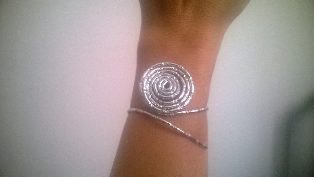 bracciale in alluminio diamantato