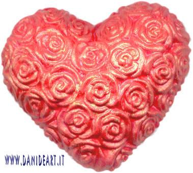 Cuore rosso rose