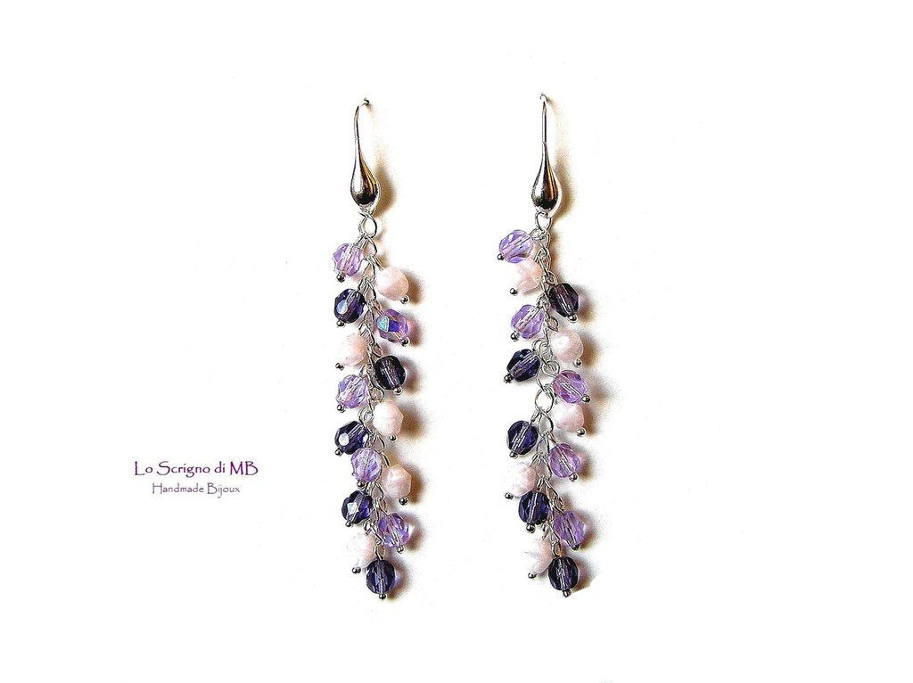 Orecchini pendenti a grappolo viola e rosa