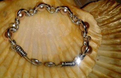 Braccialetto in alluminio con  perline in techica wire