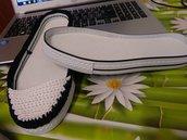 suola modello basso gia forato per realizzare converse o scarpette taglia cm24