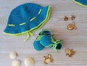 Cappellino uncinetto e sandalini coordinati per bimbo