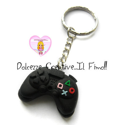 Portachiavi - joystick nero, unisex, idea regalo gamer geek HANDMADE