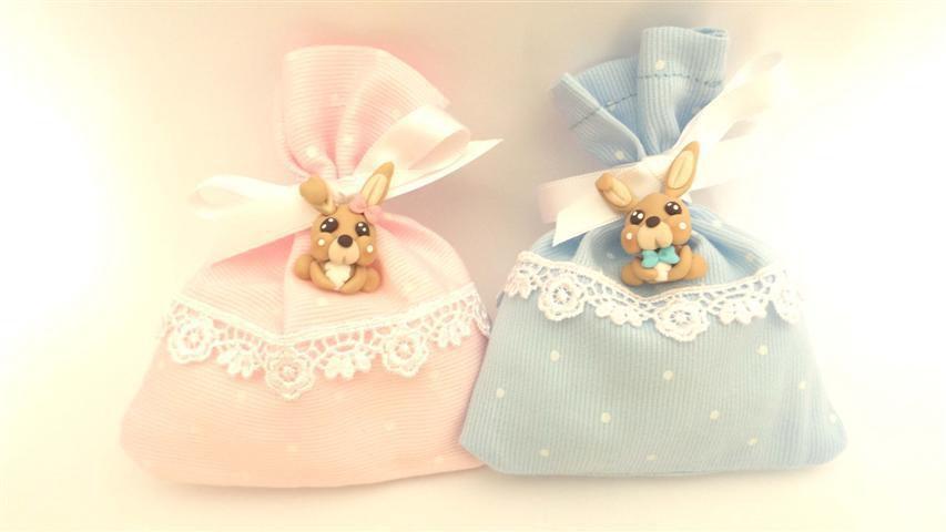 BOMBONIERA COMPLETA sacchetto porta confetti con PIZZO - battesimo nascita fimo - CONIGLIETTI con fiocchetto - ciondoli