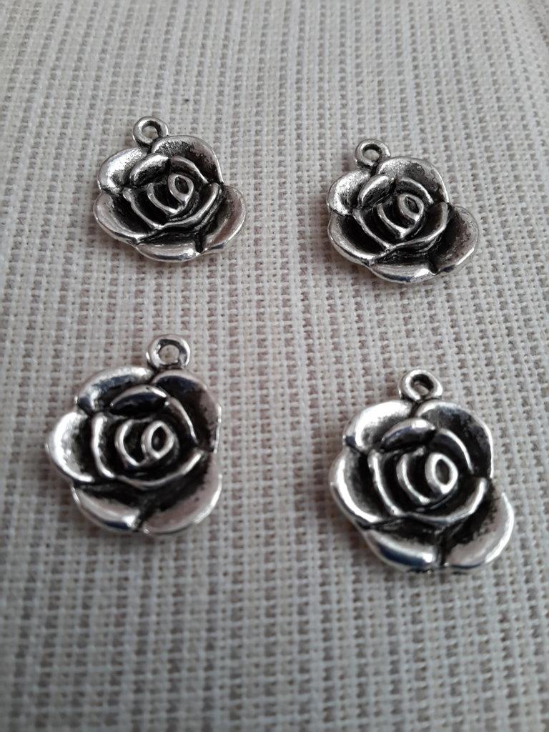 4 charms ciondoli 'Rose' argento tibetano
