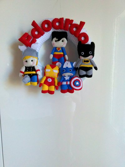 Ghirlanda nascita supereroi