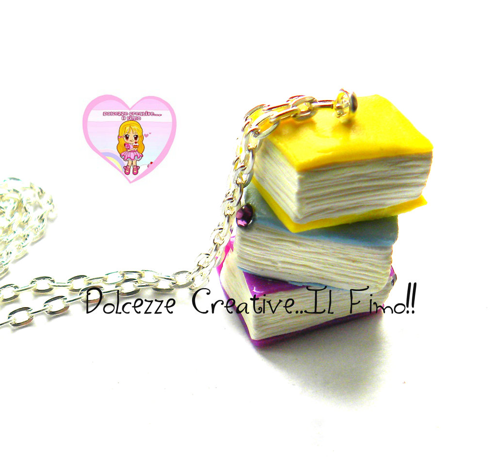 Collana pila di libri book lover miniature handmade for Libri regalo