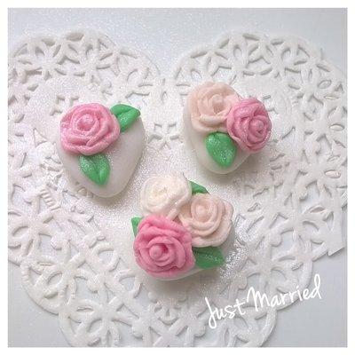 confetti decorati con rose, segnaposto, addobbo tavola, matrimonio, wedding