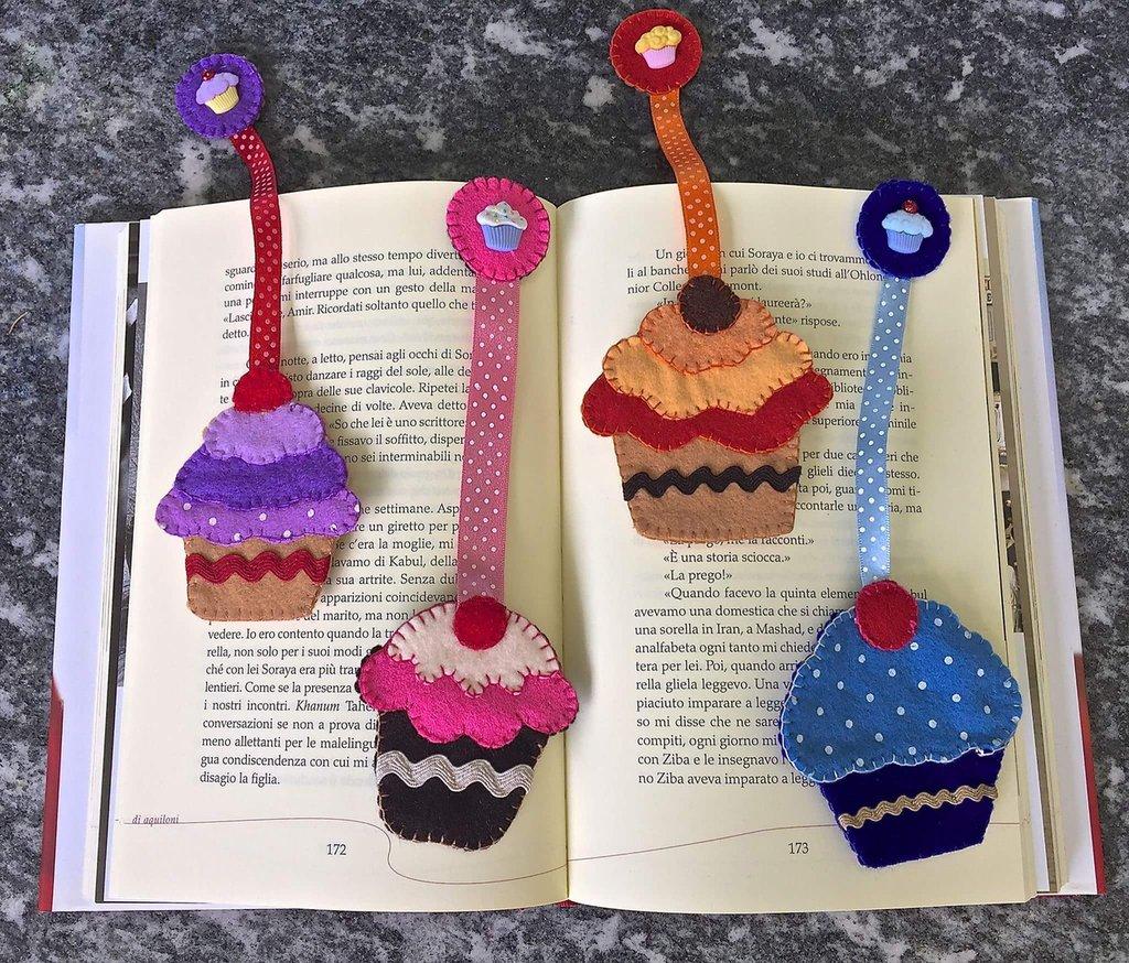 Segnalibro a forma di cupcake