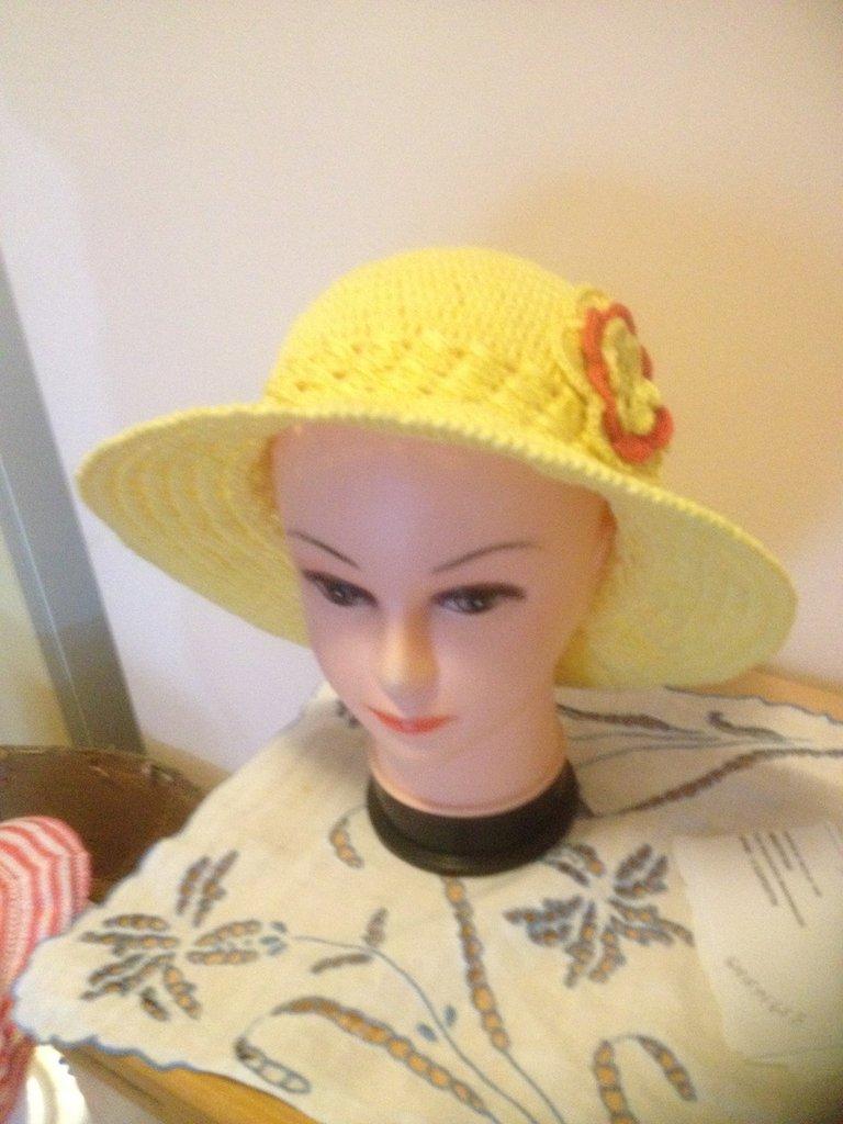 Cappelli in Cotone lavorati a mano