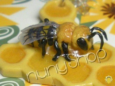 Collana Honeybees