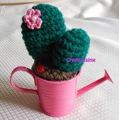 Cactus all'uncinetto con annaffiatoio fucsia - fatto a mano