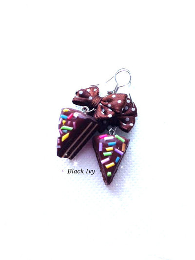 Orecchini pendenti fette di torta cioccolato