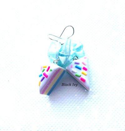 Orecchini pendenti fette di torta arcobaleno