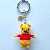 Winnie the Pooh amigurumi portachiavi, fatto a mano all'uncinetto