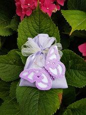 Sacchetto bomboniera porta confetti in lilla con farfalla per nascita, battesimo, prima comunione