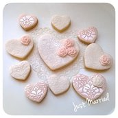 lotto di 10 biscotti decorati a cuore, sweet table, wedding, matrimonio, pizzo e rose