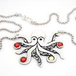 Polipo in puro argento con CZ rosso e giallo e catena in argento