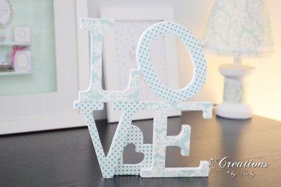 Scritta decorativa LOVE