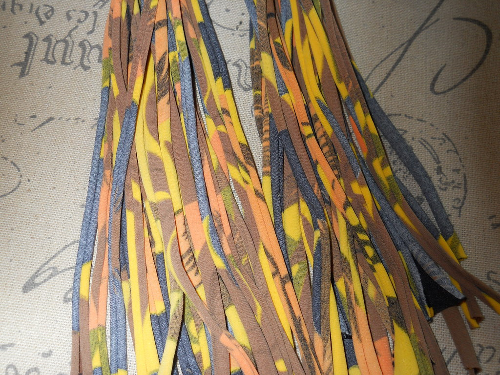 5 FILI IN FETTUCCIA PER BRACCIALI mimetico giallo – 424