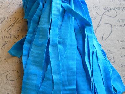 5 FILI IN FETTUCCIA PER BRACCIALI azzurro – 426