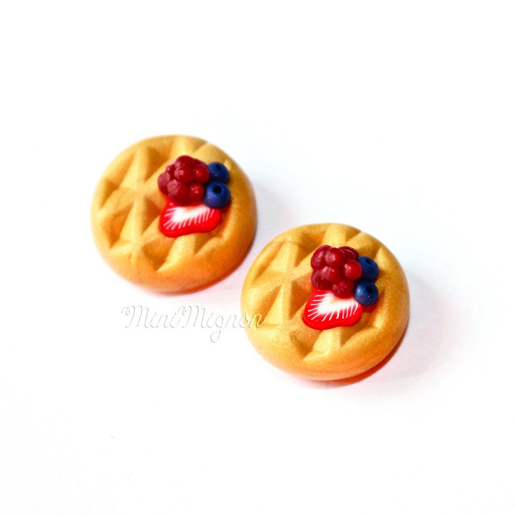 Orecchini a clip con Pancakes ai frutti di bosco