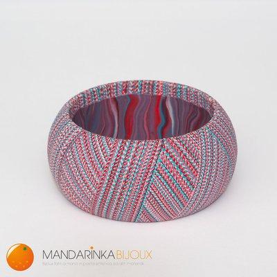 Bracciale multicolor azzurro/rosa/bianco effetto filo in pasta polimerica Fimo sulla base di legno