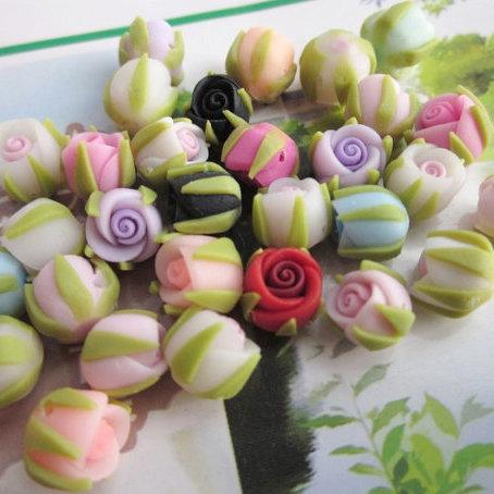 6 Boccioli di rose in Fimo 15 mm perle col. misti