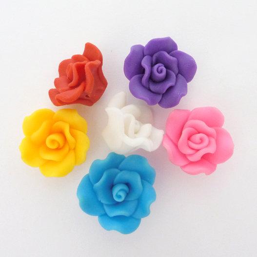 6 Rose in Fimo 20 mm perle col. misti