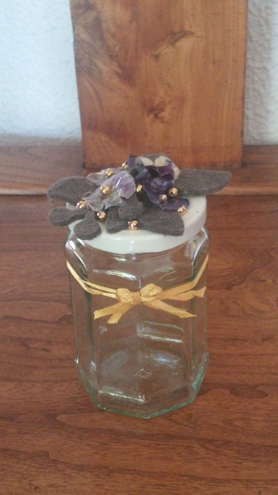 PORTAGIOIE in vetro ottagonale con viole del pensiero vere