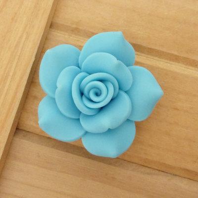 1 Rosa in Fimo 40 mm perla col. celeste