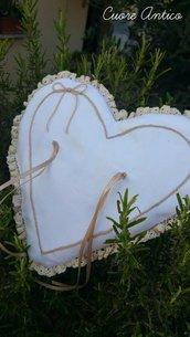 Cuscino portafedi romantico